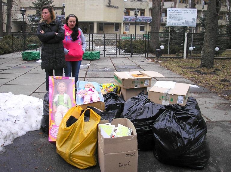 Помощь беженам из Донбасса в санатории «Джерело» (Пуща-Водица) от кафедрального собора УПЦ